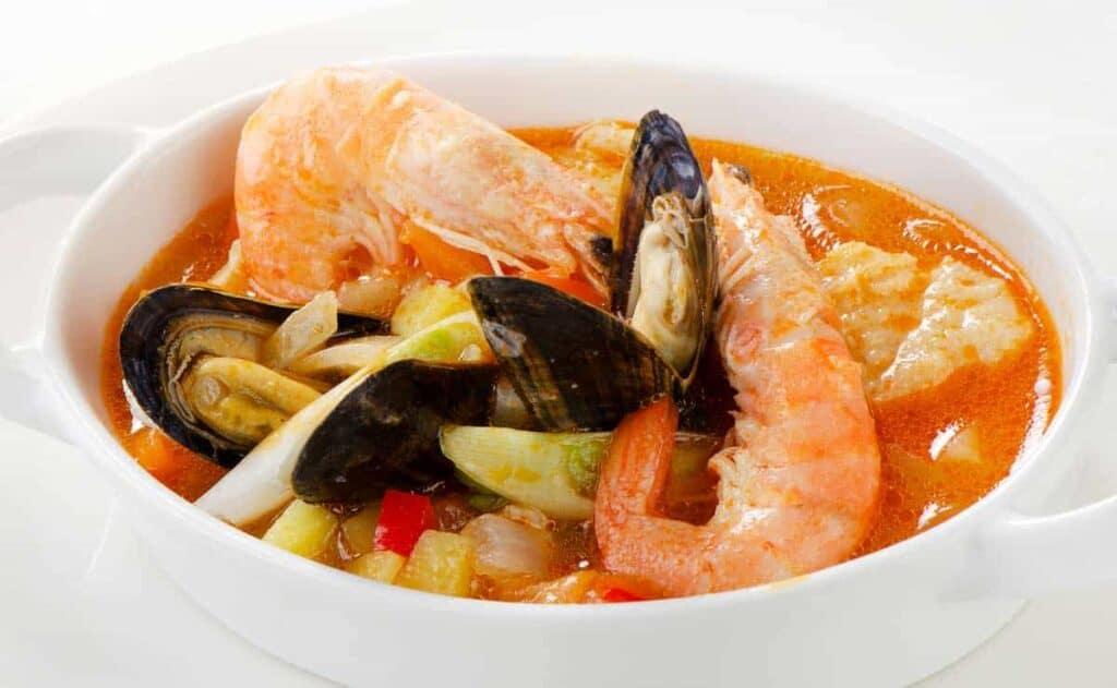 receta sopa de marisco