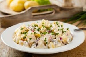ensalada de patata con mayonesa